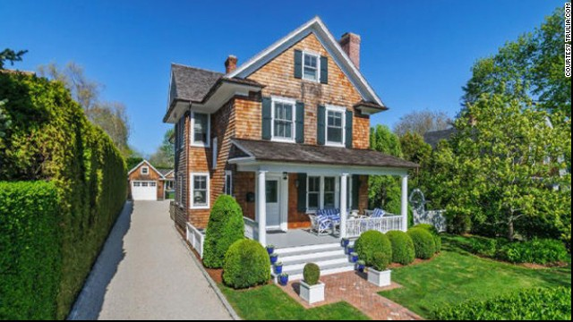 Brooke Shields snapped up this <a href='http://luxe.truliablog.com/2013/03/28/brooke-shields-buying-hamptons/' target='_blank'>home in the Hamptons</a> for a mere $4.3 million.