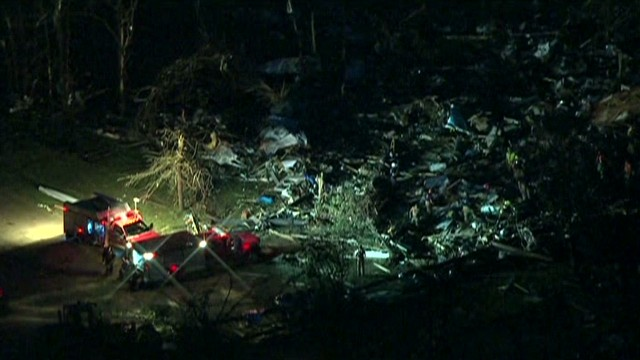 Tornadoes wallop several states; 300 homes damaged or destroyed