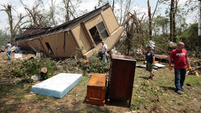 Jean McAdams' mobile home near Shawnee, Oklahoma, lies overturned on May 20.