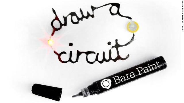 Estudiantes crean con pintura tecnología libre de cables