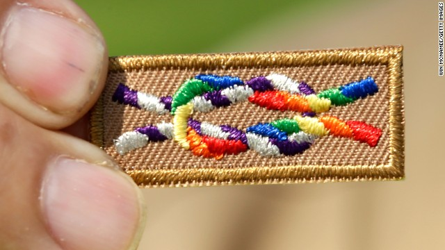 Boy Scouts to vote on lifting its ban on gay youths