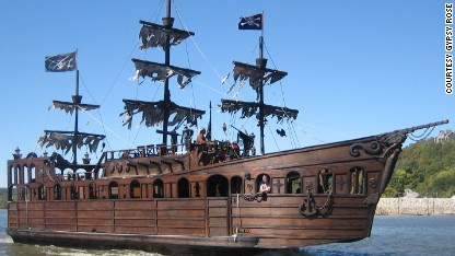 Mississippi River pirate ship's loot