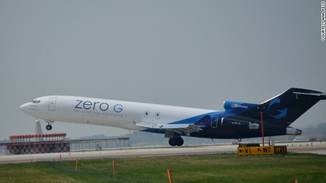 Chicago plane spotter Ana Peso captured this image of a modified Boeing 727 taking off from Los Angeles International Airport. Peso was drawn by Zero G's unique paint job.