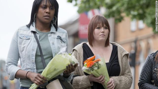 Cameron promete firmeza contra el terrorismo tras el brutal asesinato de un soldado