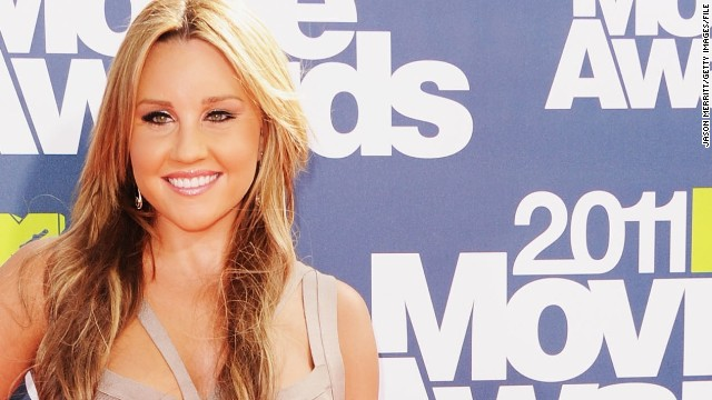 Amanda Bynes goes home for the holidays, wants to go to school