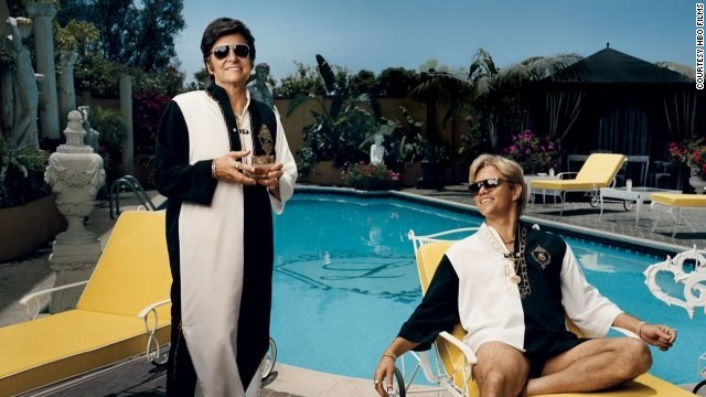 Michael Douglas stars as Liberace and Matt Damon stars as Scott Thorson in