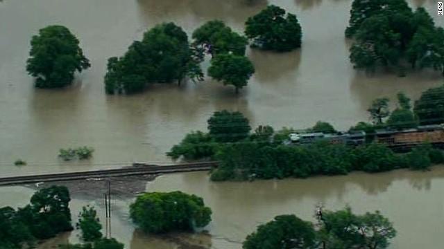 2 dead in severe San Antonio flooding