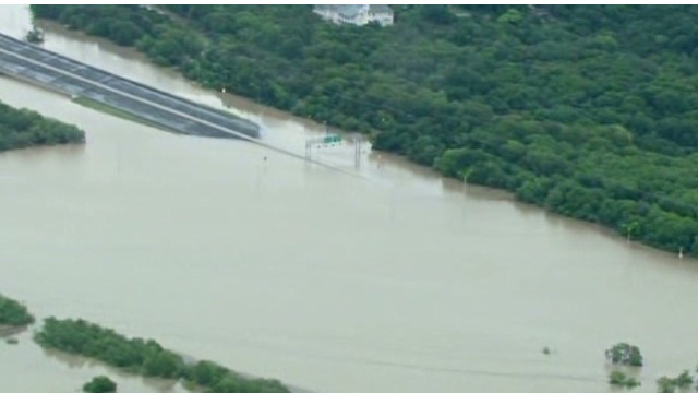 Three people swept away, killed in severe San Antonio flooding