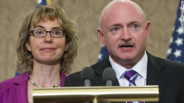 Giffords and Kelly touring to revive background checks
