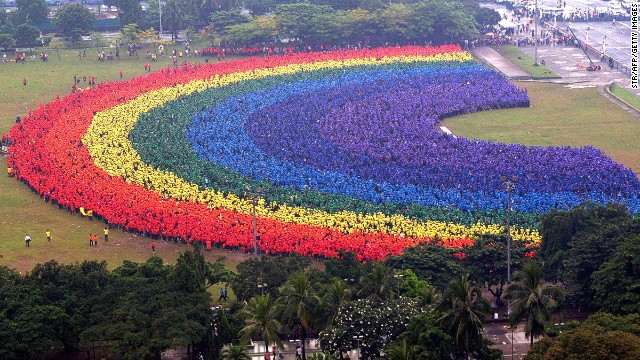 Around 31,000 students, faculty and alumni of the Polytechnic University of the Philippines in Manila created a 'human rainbow' at the central park on September 18, 2004. The rainbow intended to boost the image of the school and was also a bid to set a new record for the world's largest human rainbow.