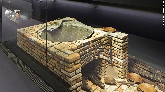 This large brick oven was found in the galley down in the hold. Food was cooked in it inside a large cauldron supported by iron bars. Casks containing the bones of cows and pigs were found nearby.