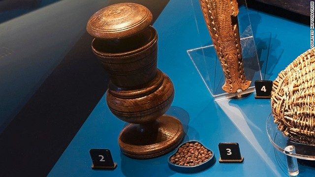 Peppercorns were an important flavoring during voyages with scant resources. As pepper was expensive (even being used to pay rent and dowries) this peppermill likely belonged to an officer.