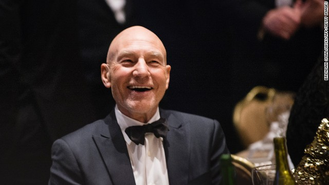 Patrick Stewart, 'a little hungover,' has first pizza slice