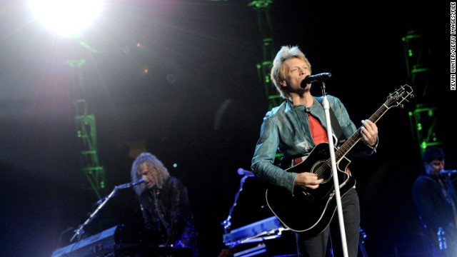 Bon Jovi waives concert fees in Spain