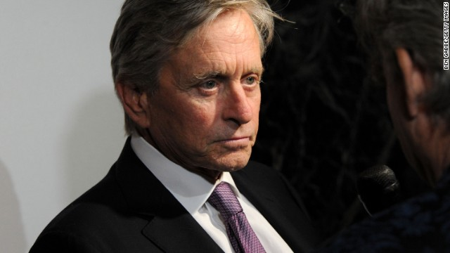 Michael Douglas clarifies comment about oral sex and cancer