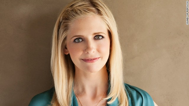 "Williams, who hadn't been a TV regular for more than 30 years following ""Mork & Mindy,"" is joined on ""The Crazy Ones"" by ""Buffy the Vampire Slayer"" star Sarah Michelle Gellar."