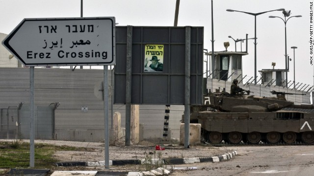 An Israeli army tank is seen along the Erez crossing passage along the southern Israeli border with the Palestinian Gaza Strip in November 2012. Sarsak was arrested at the crossing in 2009. <!-- --> </br>