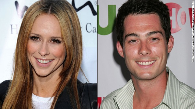 Jennifer Love Hewitt, Brian Hallisay are engaged