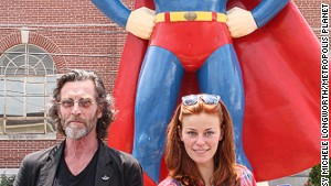 John Glover (left) and Cassidy Freeman from the series \