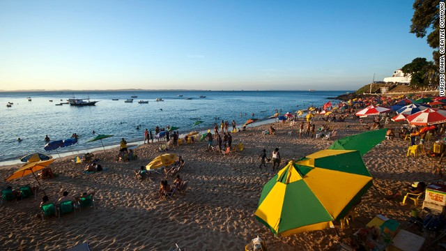 Porto da Barra is one of the few beaches in lively Salvador that faces west, so you can catch great sunsets.