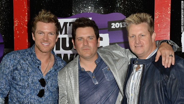 From left to right, Joe Don Rooney, Jay DeMarcus and Gary LeVox of Rascal Flatts