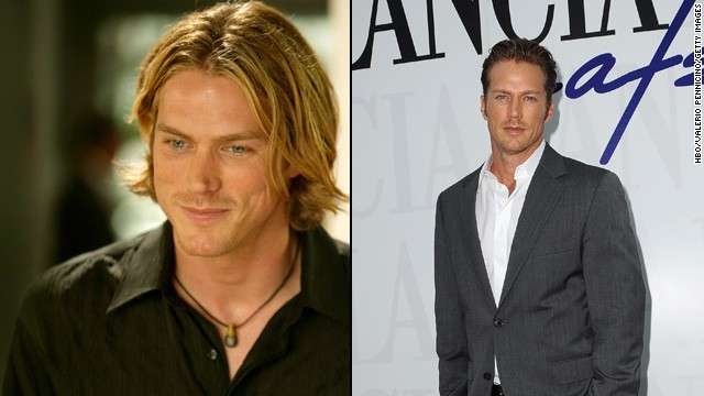 "Jason Lewis sent pulses racing as Jerry 'Smith' Jerrod, the model/actor who managed to snag even a small part of Samantha's heart. He appeared as Chad Barry on the TV show ""Brothers & Sisters"" and most recently co-starred in the film ""The Pardon."""