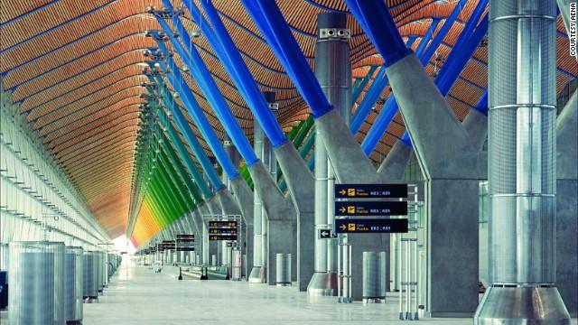 El aeropuerto de Madrid llevará el nombre del expresidente Adolfo Suárez