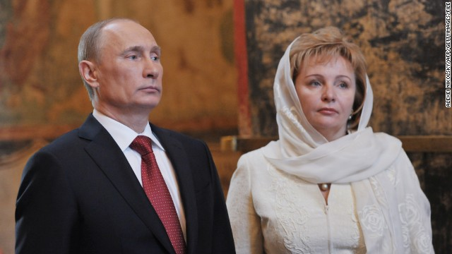 Putin announces split with wife
