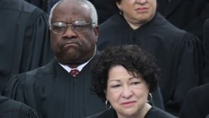 Thomas at Obama\'s 2013 inauguration with Justice Sonia Sotomayor, who said affirmative action changed her life.