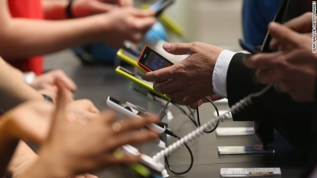 Poll: Majority say phone tracking is 'acceptable'
