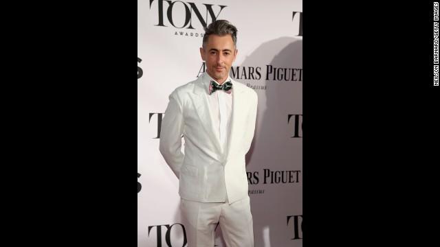 Alan Cumming arrives at the Tony Awards.