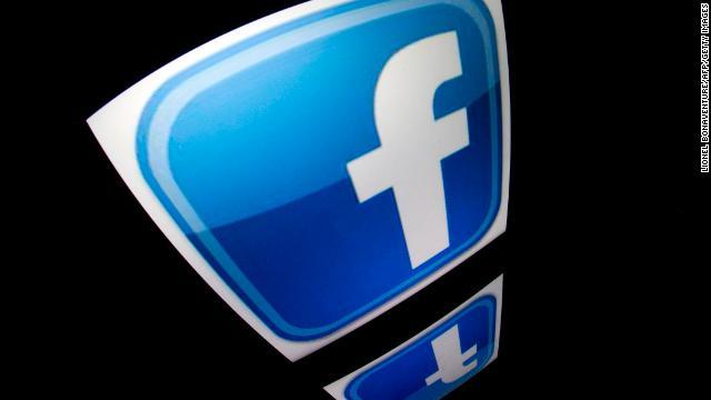 ¿Sabes qué información tiene Facebook de ti? La red social lo aclara