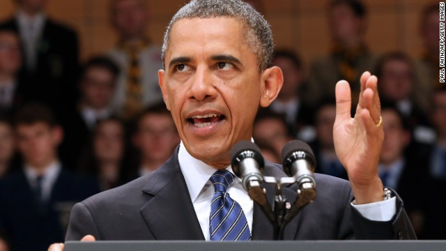 President Barack Obama is seriously considering withdrawing all troops from Afghanistan in 2014, an official tells CNN.