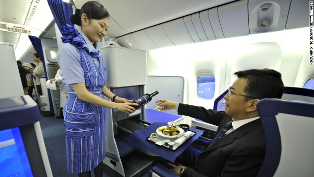Japan's ANA won a new award for cabin cleanliness, as well as receiving a five-star airline rating.