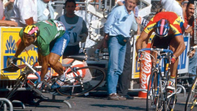 Uzbekistan's Djamolidine Abdoujaparov crashes spectacularly as he sprints for the line on the Champs Elysees in 1981. He scraped himself off the asphalt to claim the green points jersey.