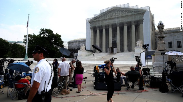 Justices to rule on Obama recess appointments