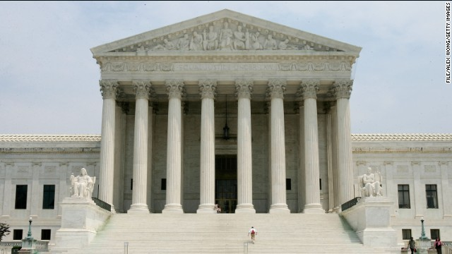 Justices lean toward Congress in White House fight over recess appointments