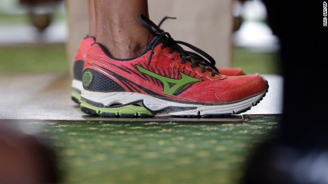 Wendy Davis's pint sneakers