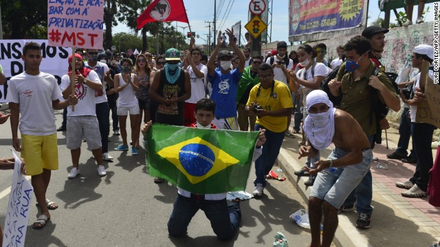 Brasil espera este jueves una masiva pero dividida jornada de protestas