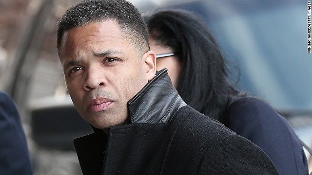 Jesse Jackson Jr. promises to pay $200,000 by Nov. 1 in fraud case