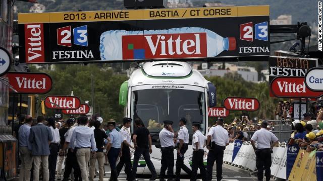 Marcel Kittel gana la accidentada primera etapa del Tour de Francia