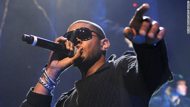 Many in the music industry called on Usher to return his fee when it was revealed that, like Beyonce, he had performed for the Gadhafi family at a 2009 New Year's Eve party. He later said he was donating the money to charity.