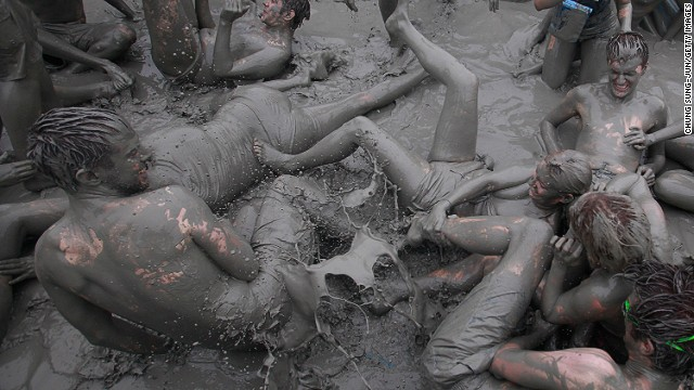 Not to be outdone, each year mud enthusiasts descend on Daecheon Beach in South Korea for the annual Boryeong Mud Festival. Last year, 2.6 million people participated, many diving in to the mud marathon, mud wrestling, and several other mud-related activities on offer.