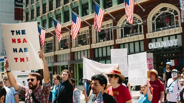 Las protestas contra el espionaje llegan a las calles de EE.UU.