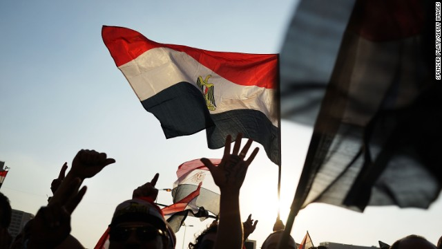 Dozens killed as Egyptian military clashes with pro-Morsy protesters