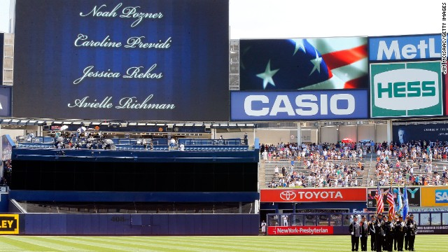 26 victims of Sandy Hook Elementary School massacre are honored at the game's start Sunday.
