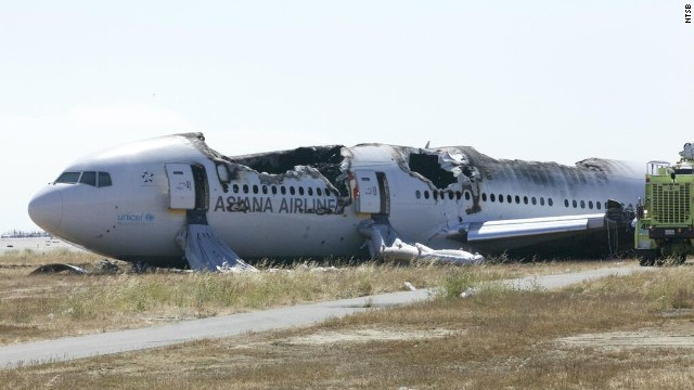 Plane crash-lands in San Francisco