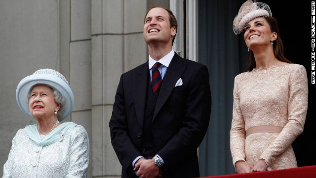Queen Elizabeth II, Prince William, Duke of Cambridge and Catherine, Duchess of Cambridge, on the balcony of Buckingham Palace during the finale of the Queen's Diamond Jubilee celebrations on June 5, 2012, in London.