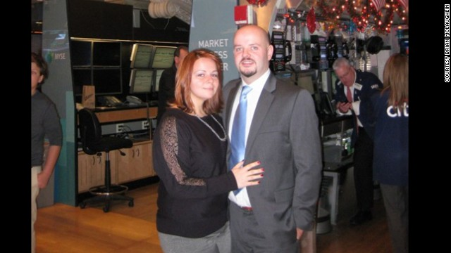 To celebrate their weight loss, McLaughlin and his girlfriend, Allison Dressler, attended the New York Stock Exchange's opening bell ceremony in December 2012.