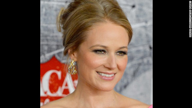 When Jewel was still a struggling young singer, a boss propositioned her for sex. <a href='http://www.jeweljk.com/about.html' target='_blank'>When she refused, he fired her</a> and withheld her paycheck, which led to her living out of her car for a year.
